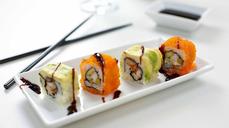 1200px-Sushi_Toppings_(11833720623)