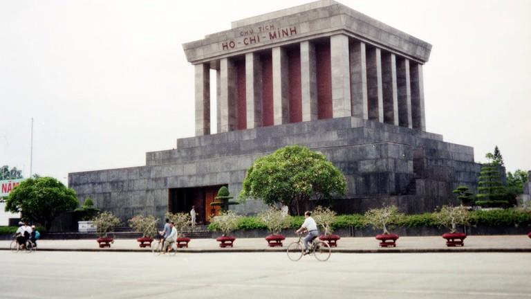 Ho Chi Minh Mausoleum   © Chris Yunker/Flickr