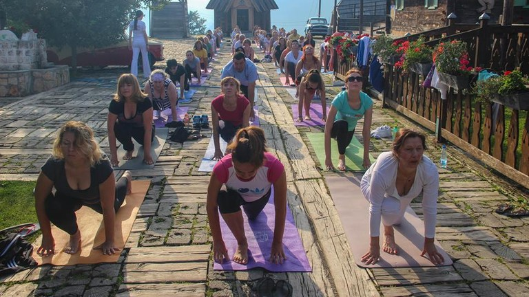 The Kundalini crew gets its stretch on in Drvengrad