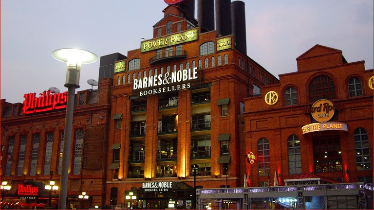 Barnes & Noble Power Plant Book Lovers Baltimore