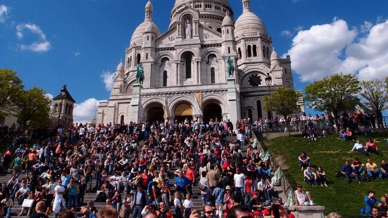 Crowds at the Sacré-Coeur