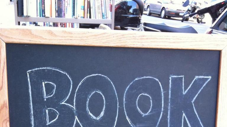 Book Thug Nation, New York