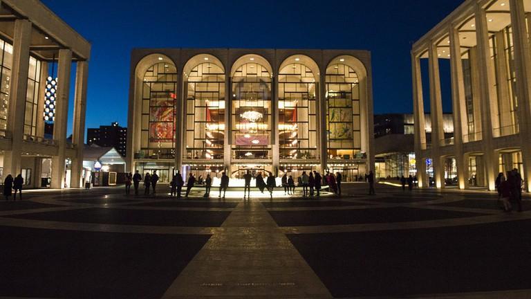 Metropolitan Opera, 30 Lincoln Center Plaza