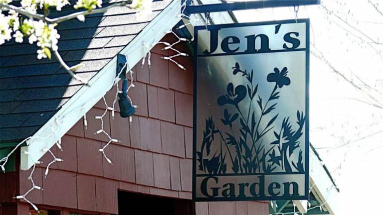 Jen's Garden sign