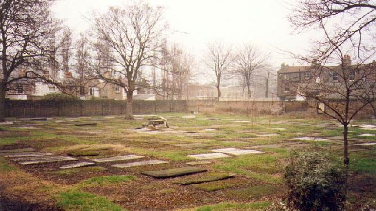 Tthe Velho Old Sephardi Cemetery at Mile End