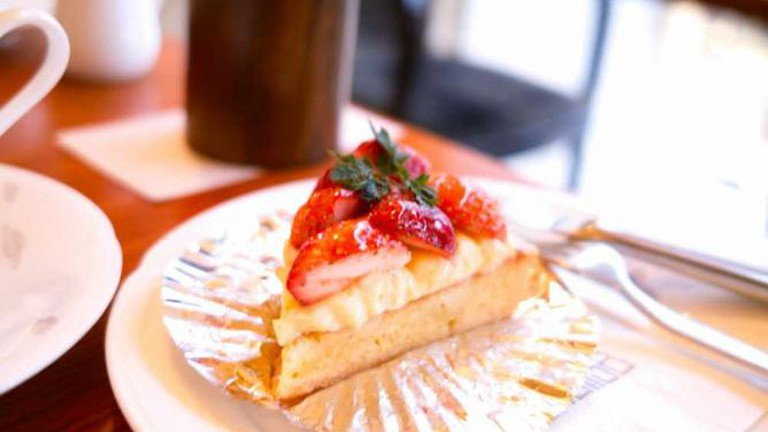 Coffee and cake at Mona Lisa/珈琲モナリザ