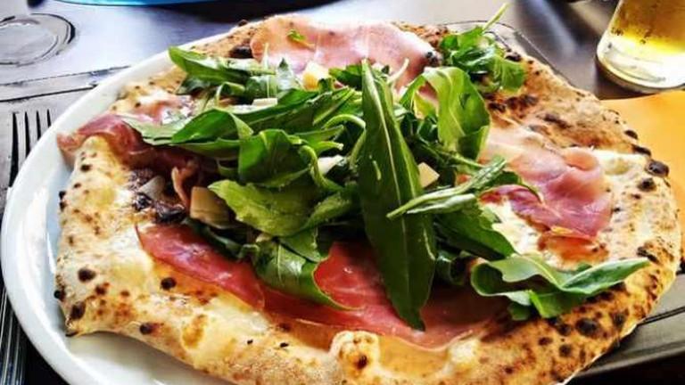 Neapel-Pizza
