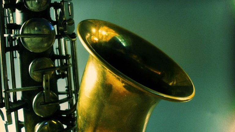 Revolution Café features an array of local and non-local jazz, pop, classical and world music musicians