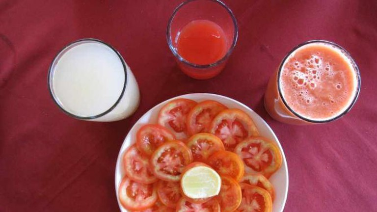 Tomato salad and juices