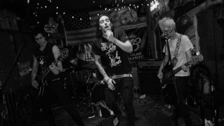 Dead Tricks at Hank's Saloon, Brooklyn, June 25, 2011