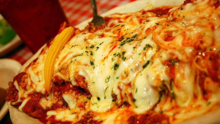 Monjunis Triple Lasagna combo - Steve Snodgrass/Flickr