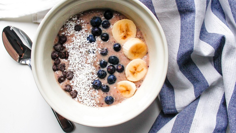 Yoghurt and fruit