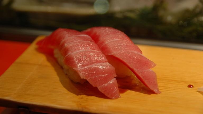tuna_sushi_food
