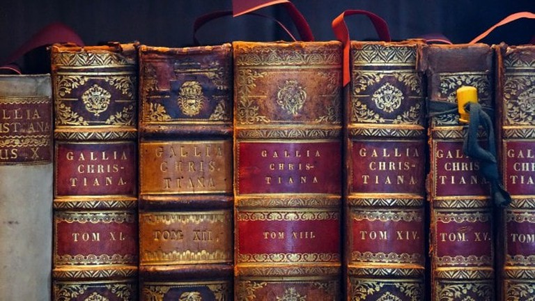 antiquarian-books-650x406