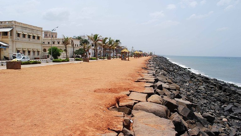 Beach_Promenade_in_Pondicherry