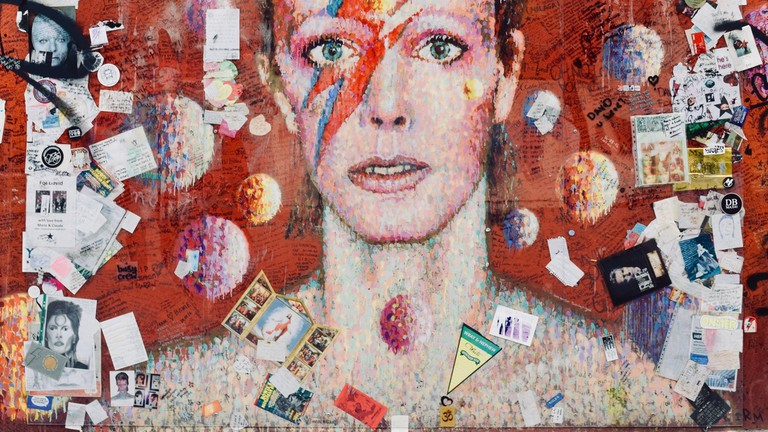 This David Bowie mural is now considered a memorial