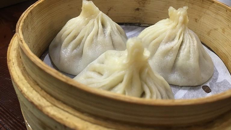 https://pixabay.com/en/dumplings-chinese-food-snack-asian-1204814/