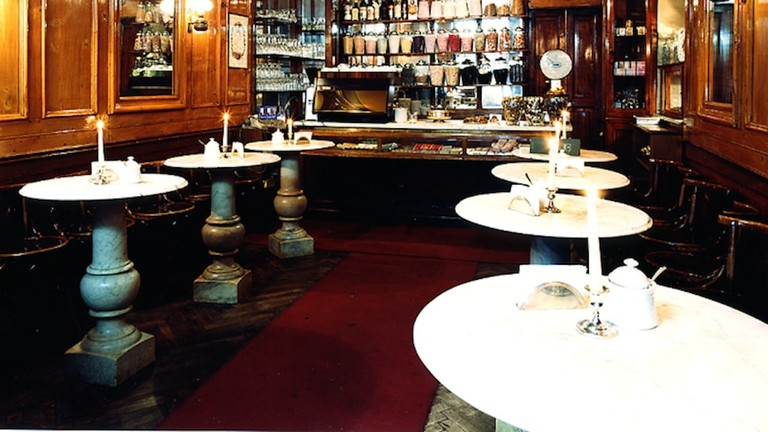 The cosy, antique interior of Caffè Al Bicerin | © Caffé Al Bicerin