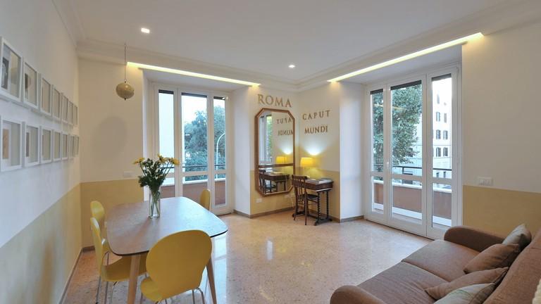 The simple-chic interior of this Ostiense apartment
