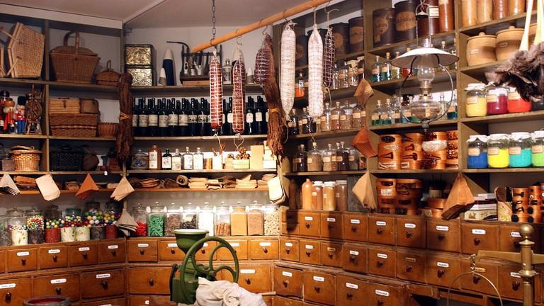 Karlsruhe,_Badisches_Landesmuseum,_historischer_Kaufmannsladen