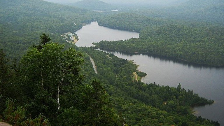 https://commons.wikimedia.org/wiki/File:Lac_Monroe.JPG