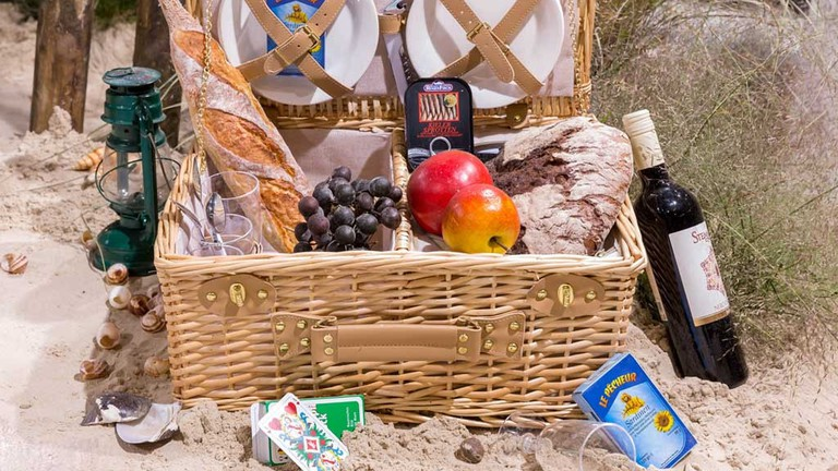 Pack a picnic at the market and head to the park