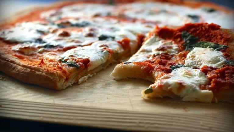 pizza-1543198_1920