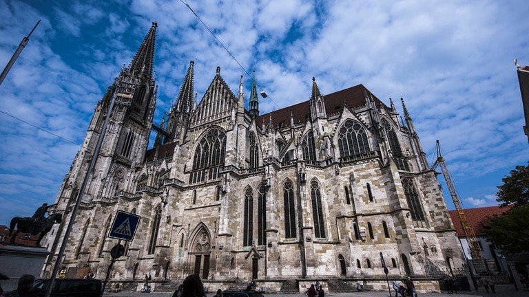 saint-peters-cathedral-2783637_960_720