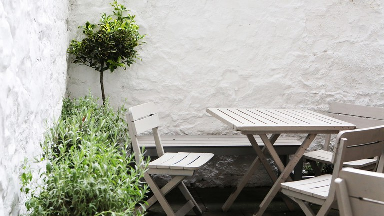 tables-2620199_1920