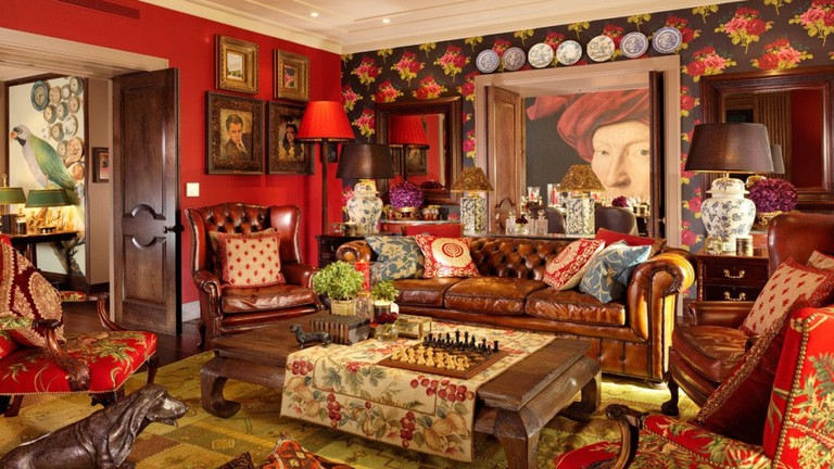 taj51_04_cinema_suite_living_room_sitting_room_view_55541173_l-1024x579