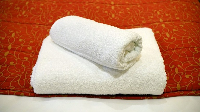 white-towels--mikebirdy-1024x576