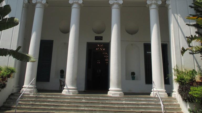 2448px-St._Thomas_Garrison's_church1