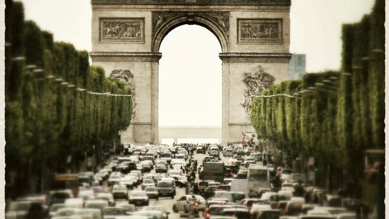 Champs Elysées, Paris |© LoboStudioHamburg/Pixabay