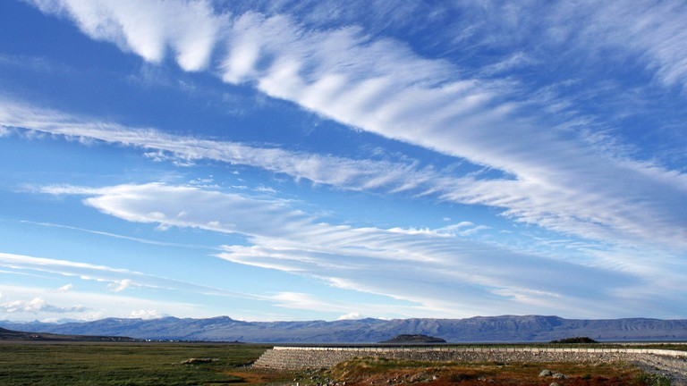 Wispy clouds over El Calafate