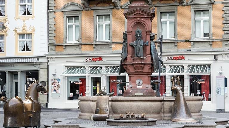 _Kaiserbrunnen_,_Marktstätte,_Konstanz_(2016)