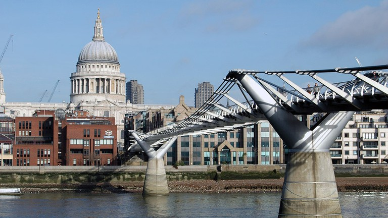 London_Millennium_Bridge_St_Pauls