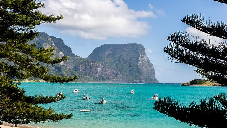 Lord Howe Island and Mt Lidgbird and Mt Gower © Martin7d2 / Flickr