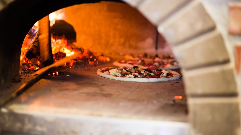 pizza-oven-2537308_1280