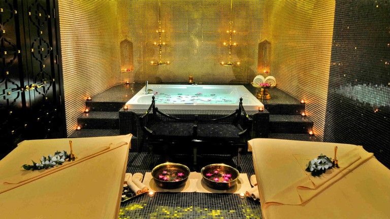 THE ORGANIC SPA JACUZZI SUITE