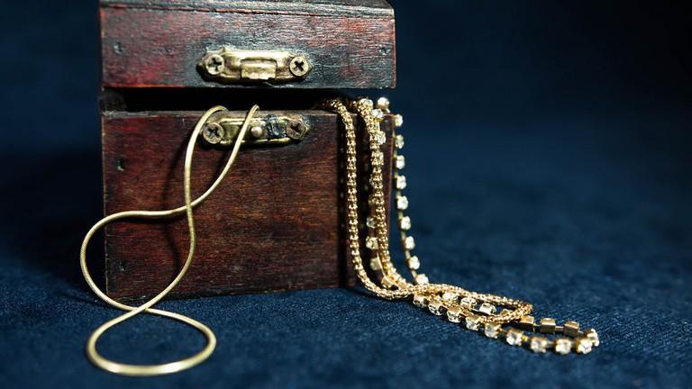 Vintage jewellery © Marco Verch / Flickr