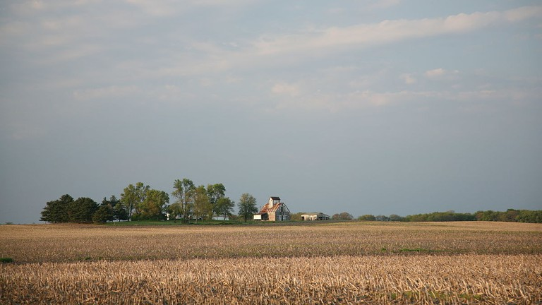 1200px-Illinois_farm