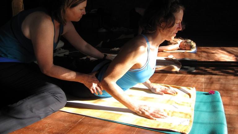 Yoga Class | © Fabrice Florin / Flickr