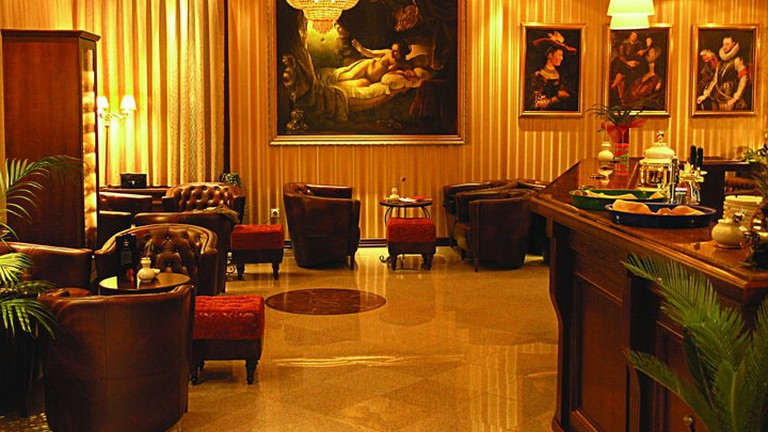 Classical style at The Regent Club