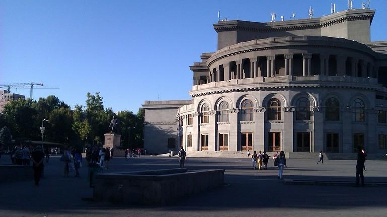 Freedom_sq._Yerevan