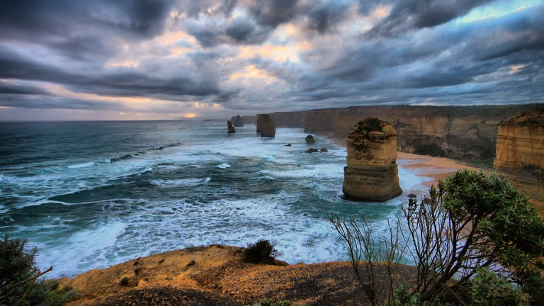 The 12 Apostles on the Great Ocean Road © Shubham / Flickr
