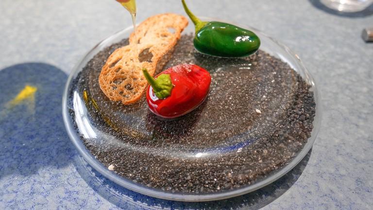 Chocolate peppers, oil and salt © Lou Stejskal