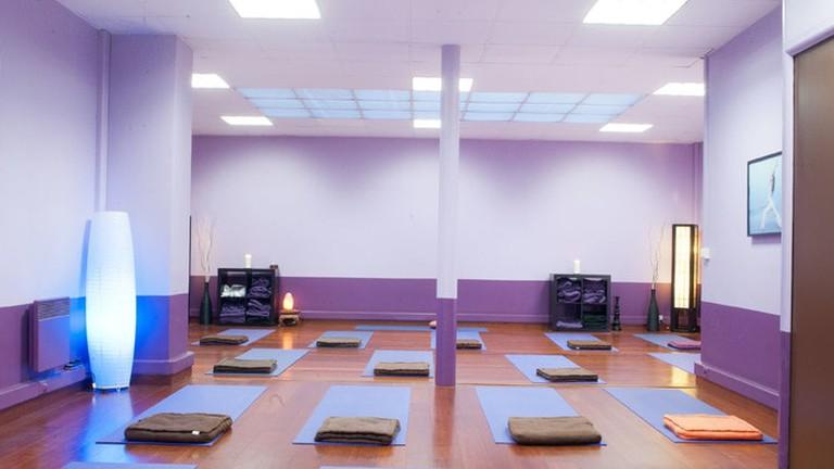 salles-de-yoga-yogatime-etoile_1c2a2b18_large