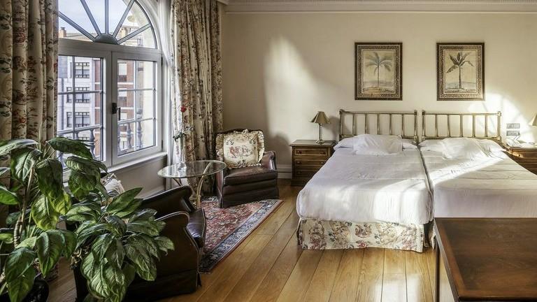 Guest room at Hotel Ercilla Lopez de Haro