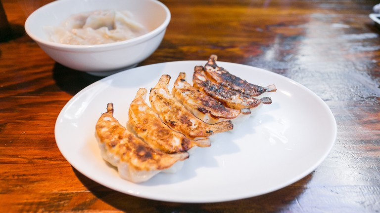 Grilled pork gyoza © City Foodsters