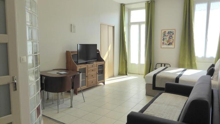 Apart'hotel Ajoupa in Nice |© Hostelworld